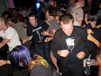 mosh pit dance party crowd pic