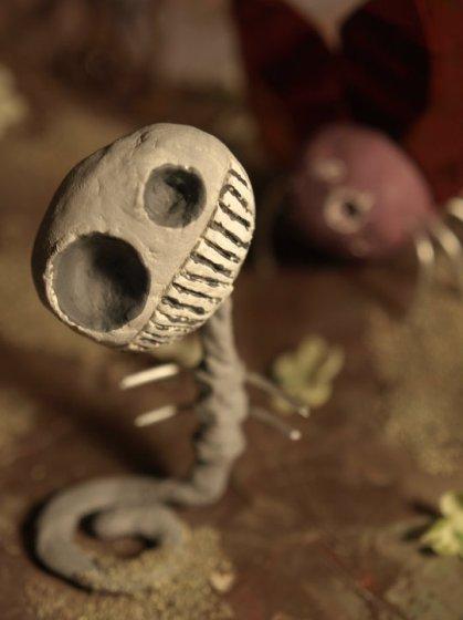 fishrib skeletal worm creature