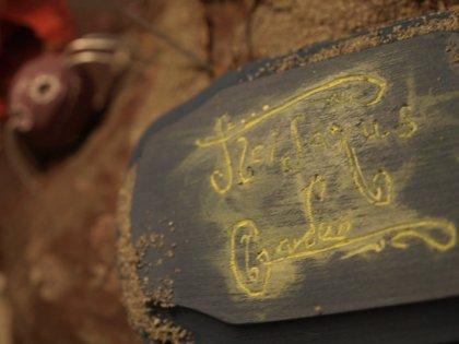 tleilaxu's garden stone nameplate